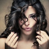 7 неожиданных лайфхаков для волос, которые изменят вашу жизнь
