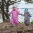 Подбор одежды для прогулок с двух-трехлетним малышом на границе весны и зимы