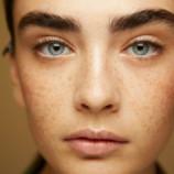 Встречайте парик для бровей — новое слово в макияже