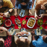 Почему нельзя желать «приятного аппетита» (и другие заблуждения в этикете)