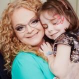 Лариса Долина с гордостью рассказала об успехах пятилетней внучки