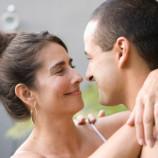 Он младше: 10 фактов о свиданиях с молодым человеком