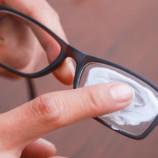 Как убрать царапины со стекла, паркета и нержавейки