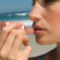 13 необычных применений бальзама для губ, о которых вы не слышали раньше