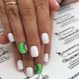 Покажите своему мастеру: 11 крутых идей маникюра для коротких ногтей