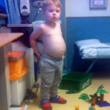 Родители думали, что сын просто поправился, но у него оказалась редкая болезнь