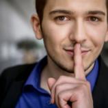 Знает, но молчит: 8 мелочей, о которых он вам не расскажет
