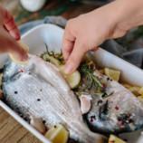 10 способов отмыть руки, чтобы они не пахли луком, чесноком или рыбой