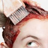 Как легко смыть краску для волос с кожи головы