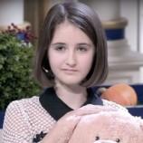 «Твоему папе счастья не видать»: 12-летняя девочка начала кампанию против травли детей и женщин на шоу «Давай поженимся!»