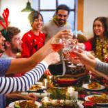 Кафе, корпоратив и домашние застолья. Как не набрать вес  в праздники?