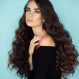 Сохранить цвет, объем и блеск: 10 правил ухода за окрашенными волосами