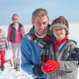 Отец построил ледяной дом с камином — чтобы дети больше бывали на свежем воздухе